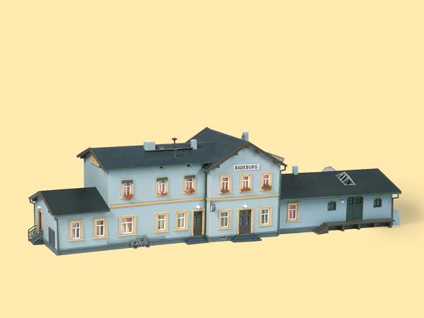 Bahnhof Radeburg Auhagen 11329